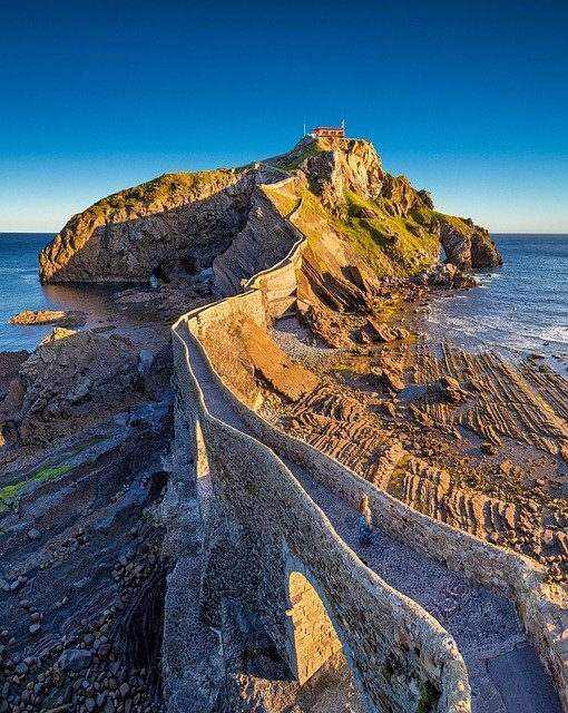 gaztelugatxe-route-baskenland